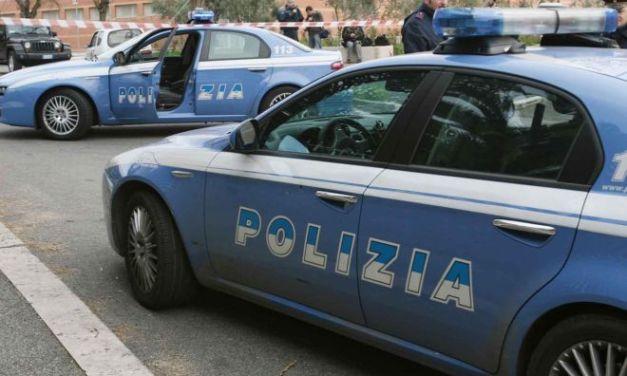 Controlli speciali della Polizia a Casale, arrestato italiano con un a pistola