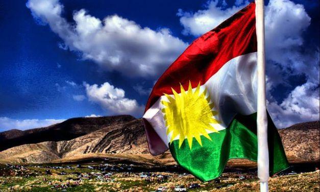 """I volontari alessandrini di """"Verso il Kurdistan"""" scampati alle bombe"""