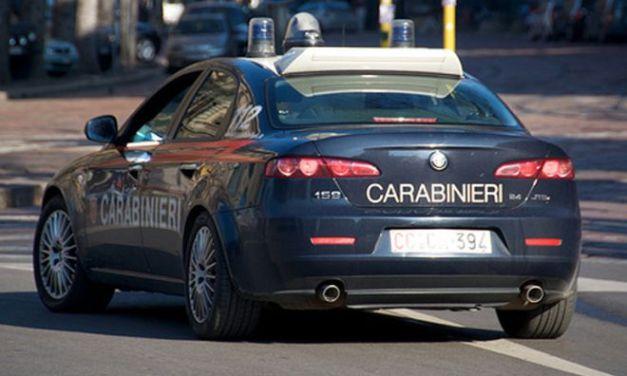 I Carabinieri di Stradella denunciano un pensionato che minaccia il vicino con un proiettile.