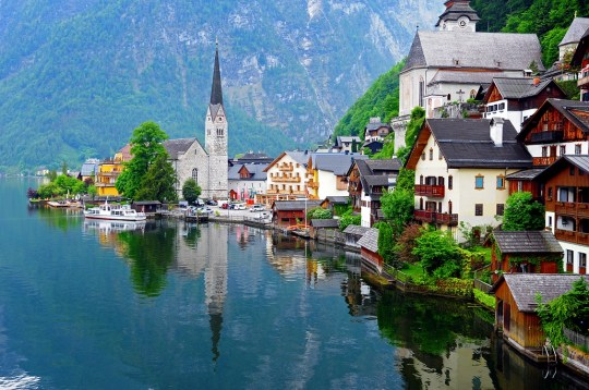 Honeymoon Regisry - Hallstatt Austria - Honeymoon Pixie