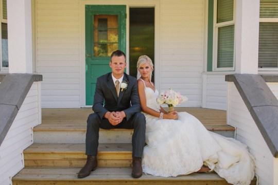 Canadian Cornfield Wedding   Mikaela Ruth Photography