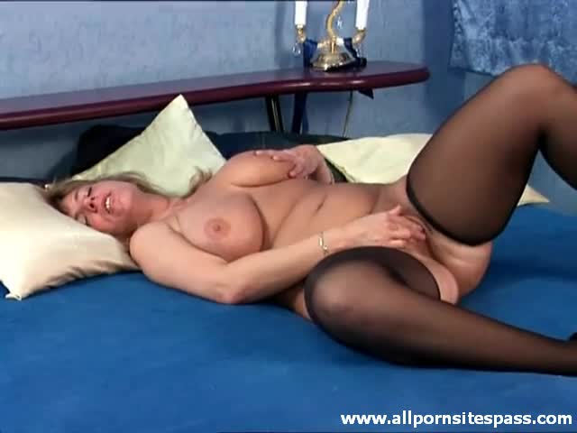 adult women masterbating