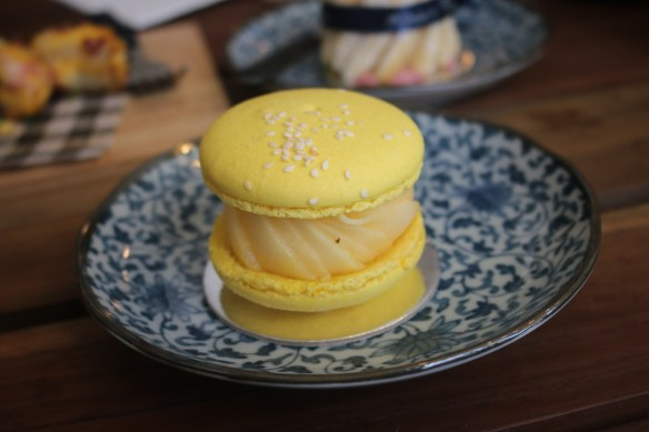 Kwan's Table - Mango and sticky rice macaron