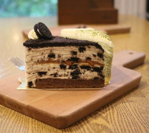 Sweetie and Moustache - Oreo peanut butter crepe cake