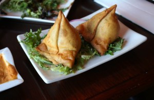 Punjab curry cafe - samosas