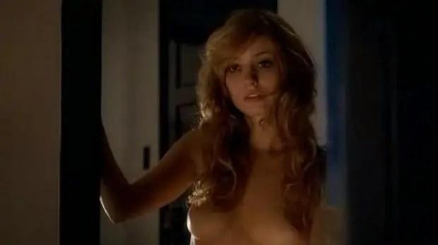 Falsa Loura - Rosanne Mulholland pelada