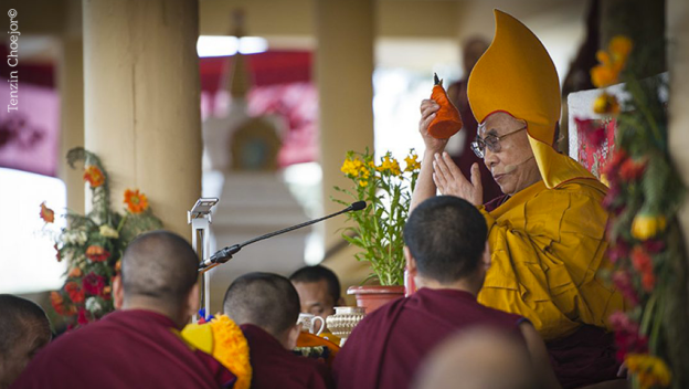 teachings-in-dharamshala-dalai-lama_9