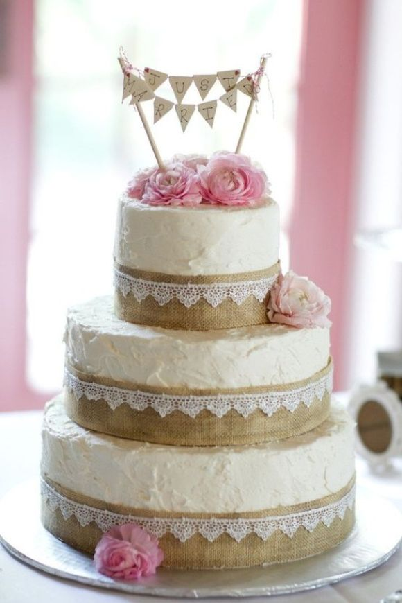 wedding-cake-burlap-lace