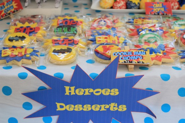Superheroes Birthday Party - 08