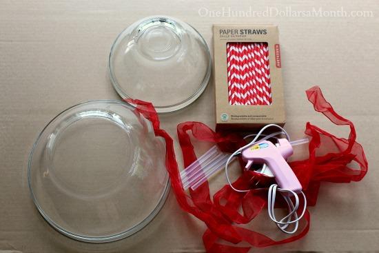 DIY Paper Straw Wreath supplies