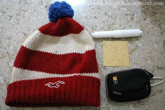 holister red white hat