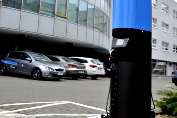 V Bratislave nainštalovali prvý EcoTank, unikátne riešenie dopĺňania kvapaliny do ostrekovačov