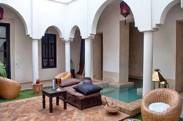 Courtyard and pool Riad Capaldi, Marrakech