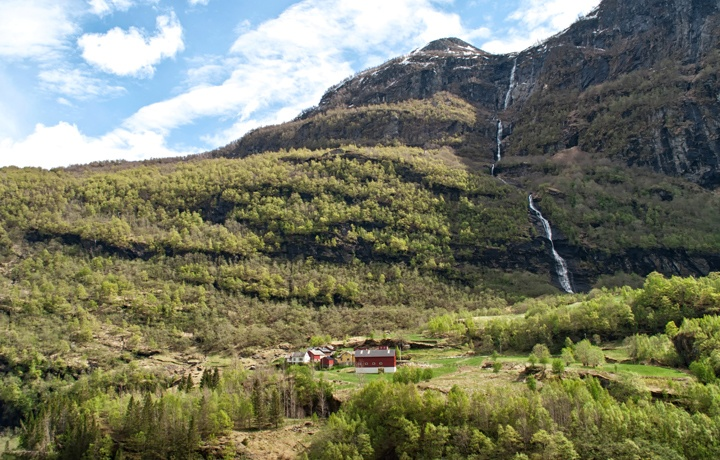blog trains tunnels norways most scenic adventure