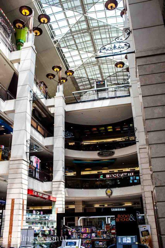 Inside Mall Bandung Indonesia Rolling Coconut Ooaworld Photo Ooaworld
