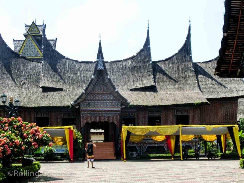 Taman Mini Jakarta Indonesia Photo Ooaworld