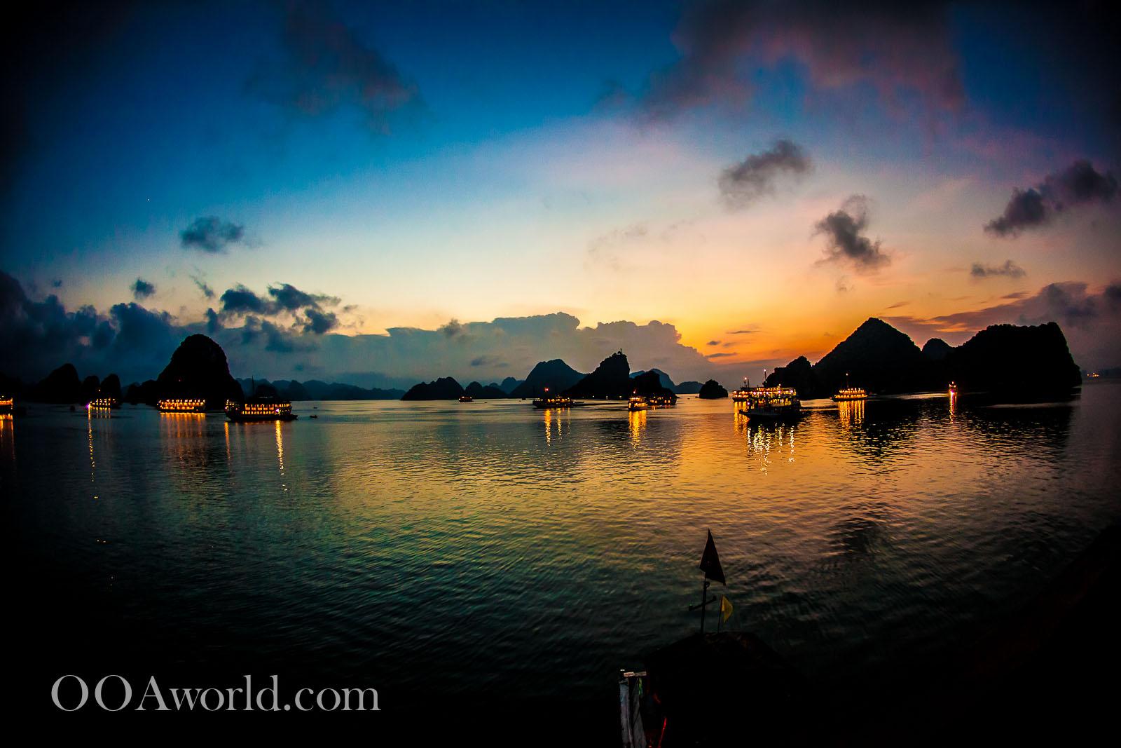 Halong Bay Vietnam Photos Sunset Ooaworld