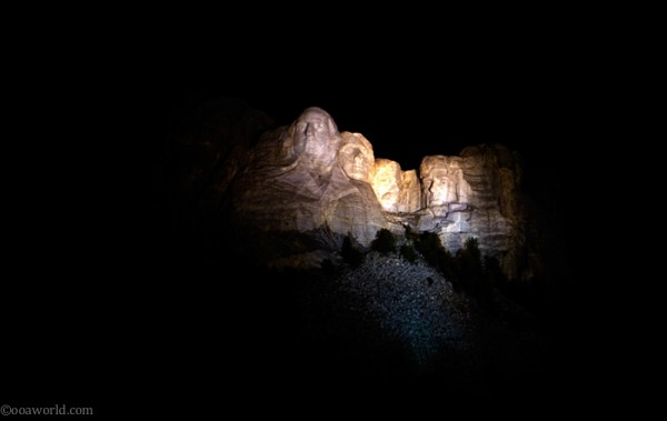 Mount Rushmore Presidents Evening Show Spooks