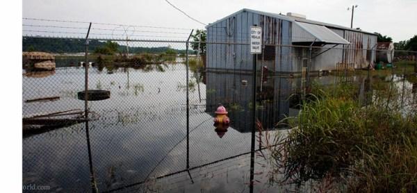 Mississippi river flood