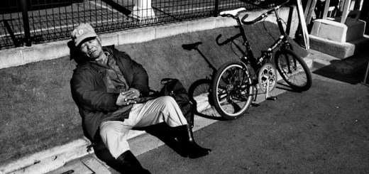 tokyo sleeper and his bike photo ooaworld