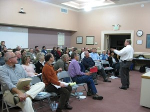 Idaho Attorney General Lawrence Wasden discusses the Idaho Public Records Law with a super-engaged crowd in Hailey on Monday evening.