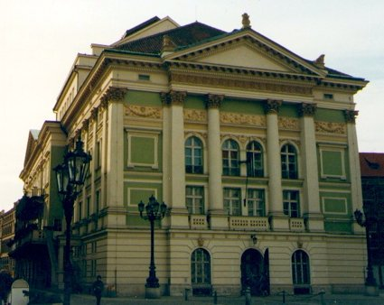 ESTATES THEATER PRAGEUE (425)