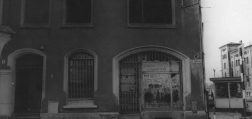 Zamknięty sklep z zabawkami na ulicy Łąkowej 4