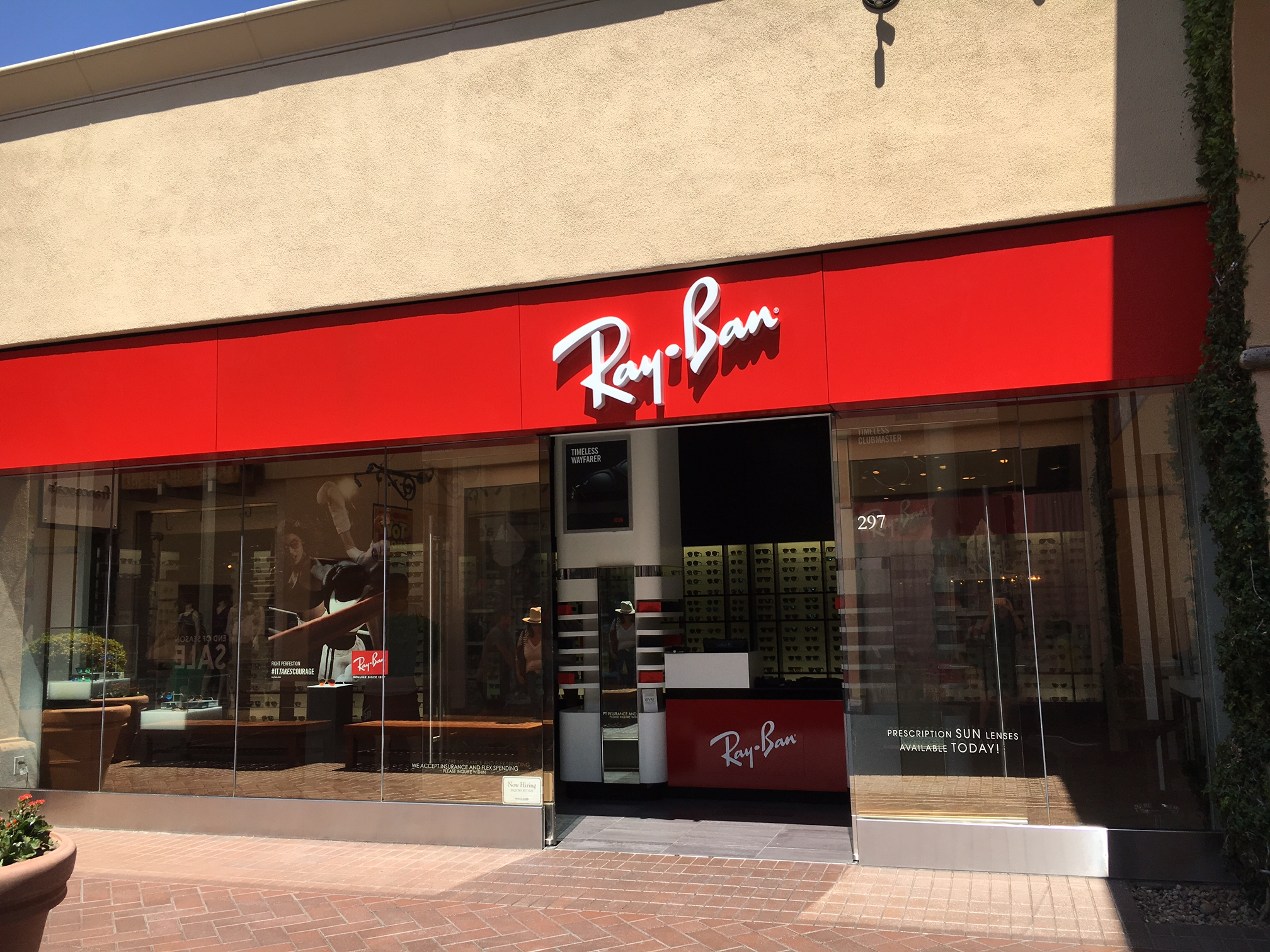 Ray Ban Sunglasses Outlet Store,We Provide Various Types Of Ray Ban Aviator Sunglasses for Men and Women, Save Up 80% Off and Free Shipping.