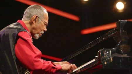 PDXJazz brings the elegant pianist Stanley Cowell to Portland's Old Church.