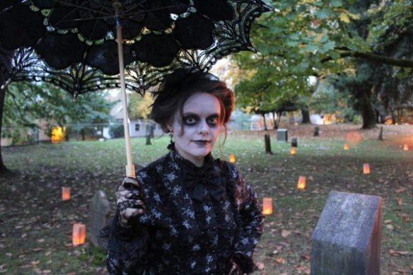 spirit halloween untimely death statue