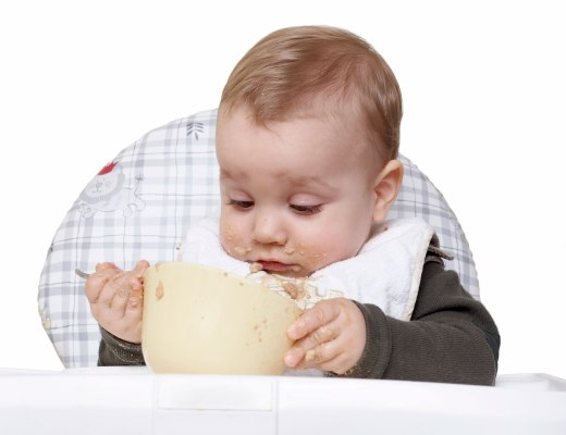 Choose baby food recipes that make him clean the bottom of the bowl.