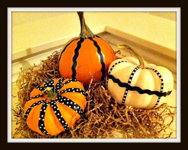 Decorating-Mini-Pumpkins |Organized Island