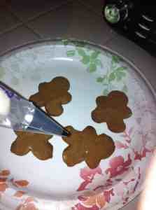 Gingerbread men cooky toppers