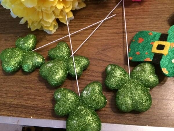 Dollar-store-st.-patricks-decorations