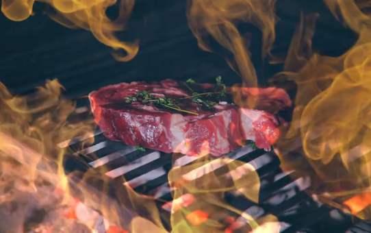 The УГОЛ: Burgers & Steaks.