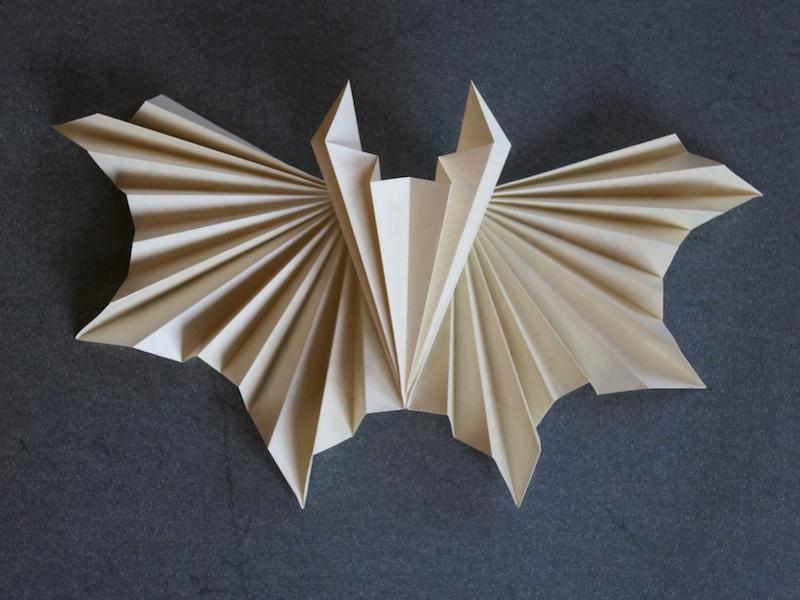 Vespertilio - corrugated paper bat