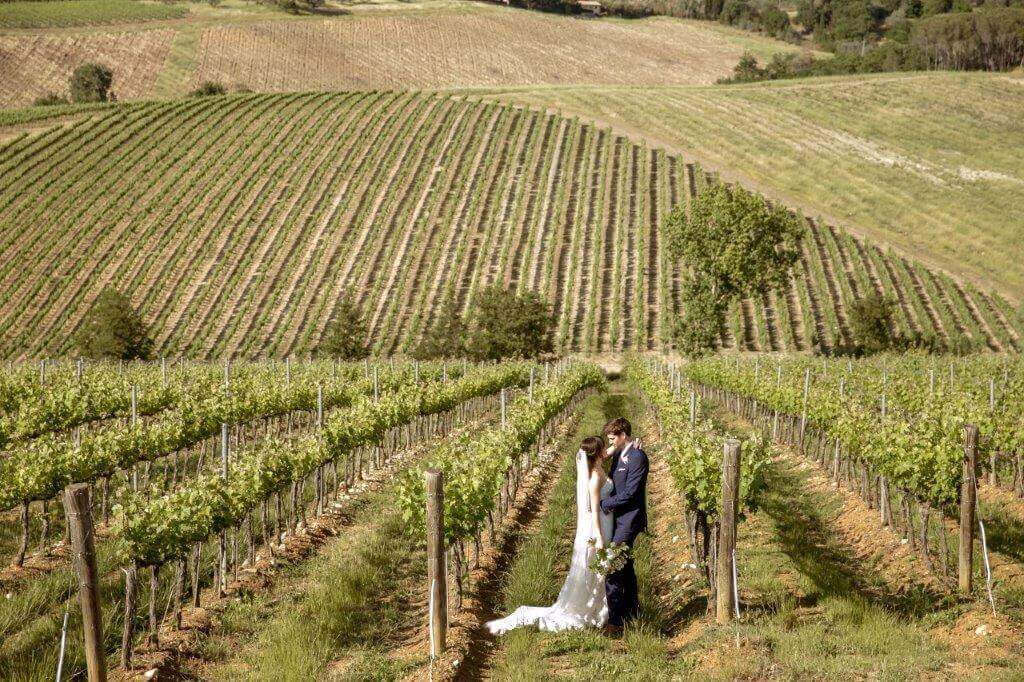 romantic wedding overlooking wines