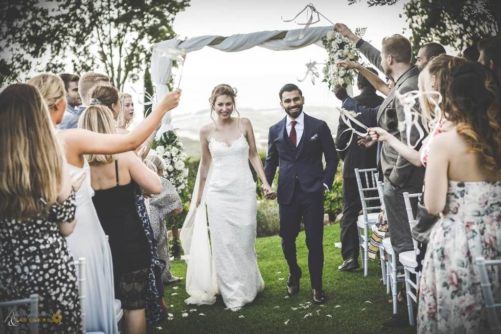 Sarah & Brett are now husband and wife