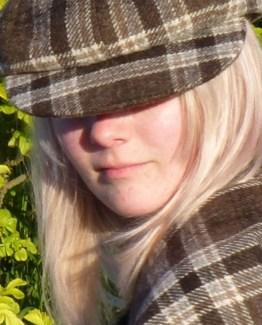 Orkney Tweed Lindsay Model Close Up