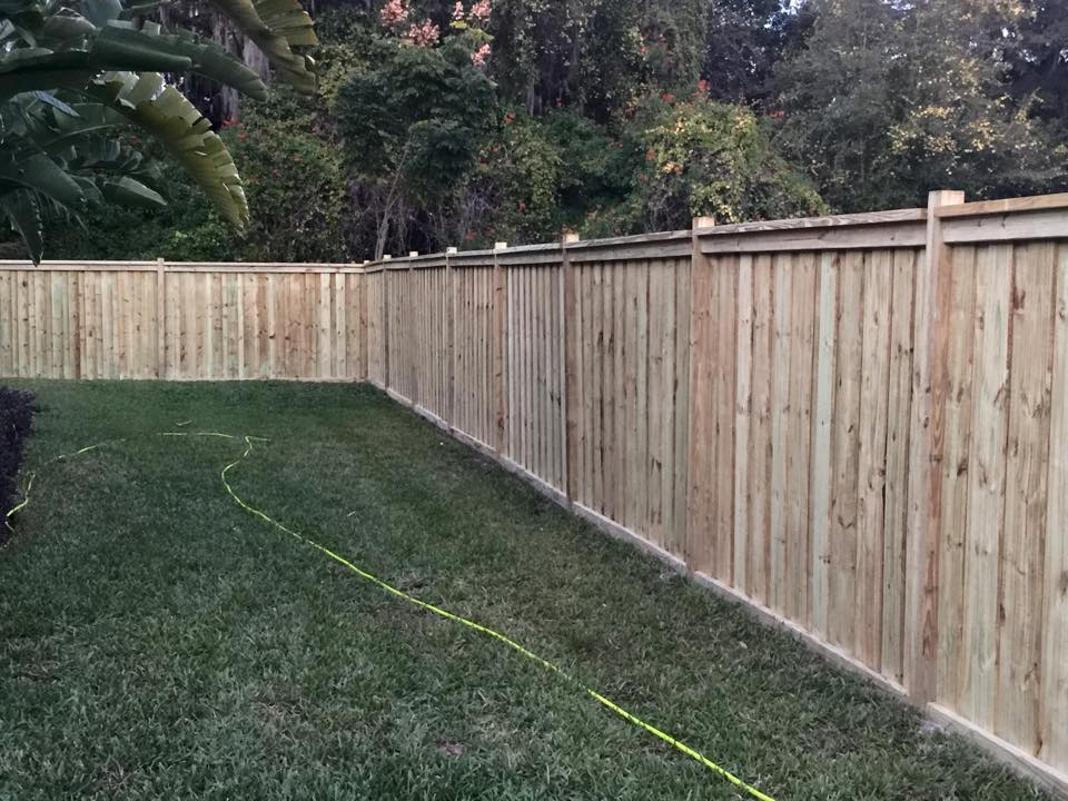 Orlando wood fence installation straightline