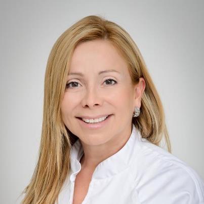Mariana-Sacoto-Navia-Ortodoncia-invisible-barcelona-estética-dental