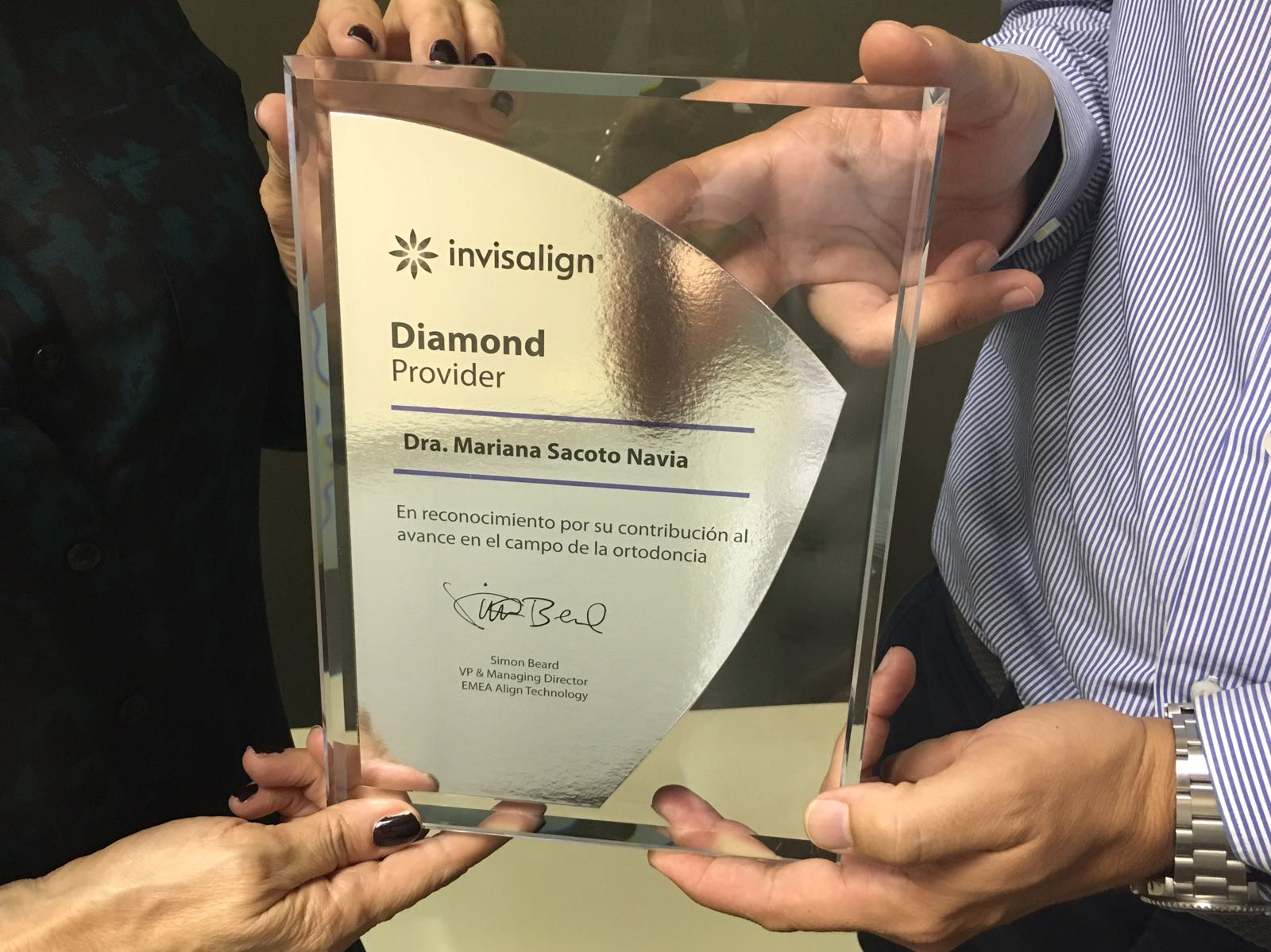 Clinica de Ortodoncia Doctora Mariana Sacoto Navia Invisalign Diamond Provider Expertos en Ortodoncia Digital Barcelona Cornella Terrassa