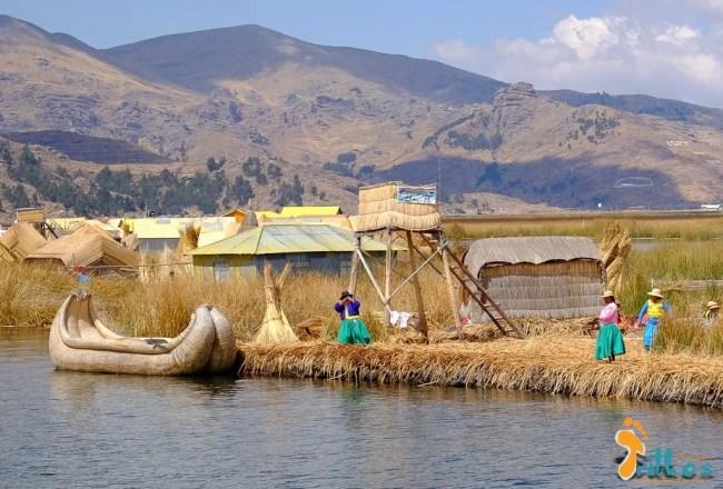 Puno-IslasFlotantentes-Peru-Destaque