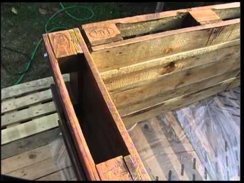 Fabriquer un habillage de piscine hors sol avec des - Ou recuperer des palettes en bois gratuitement ...