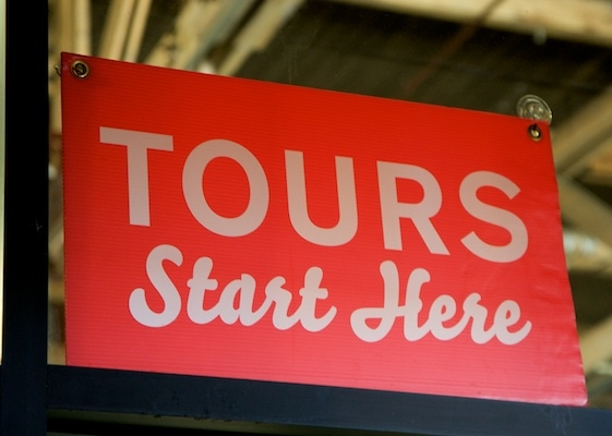 tours start here sign