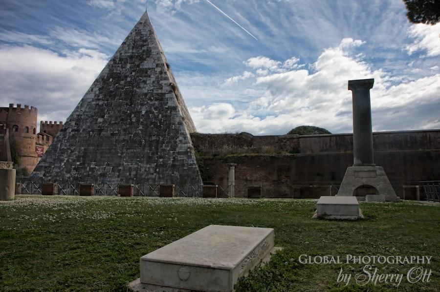 rome pyramid