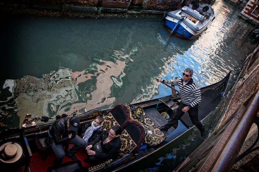 pushing off gondola