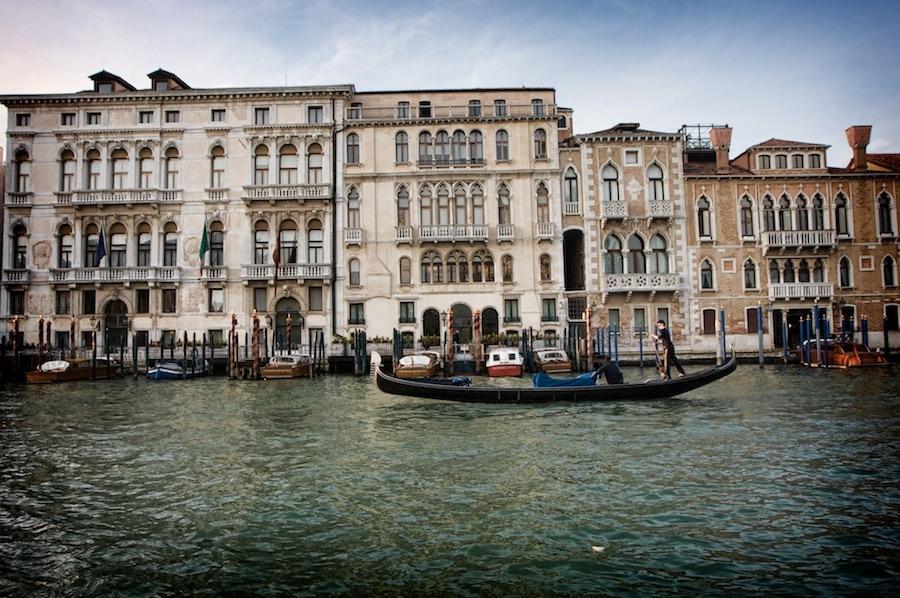gondola grand canal