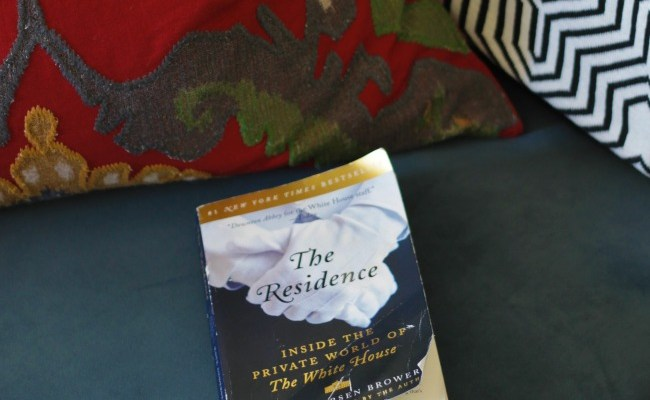 Book Review – The Residence