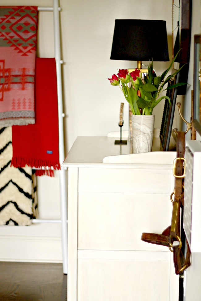leaning ladders in home decor